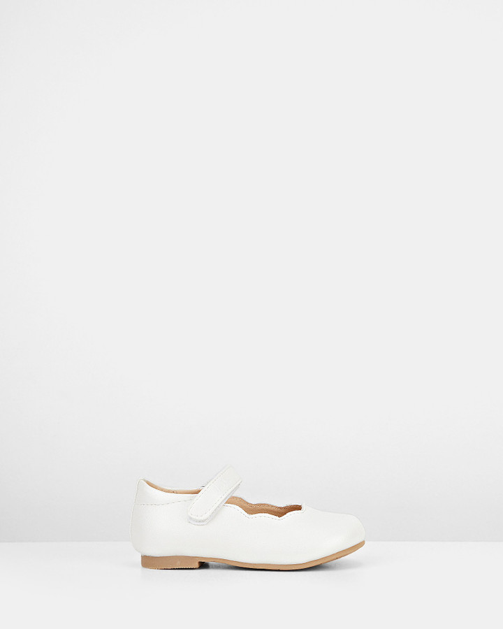 Shoes and Sox Audrey Jnr White Pearl