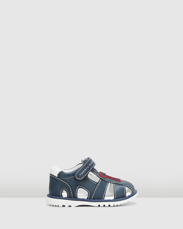 Shoes and Sox Th Sf Initial Sandal Navy/White
