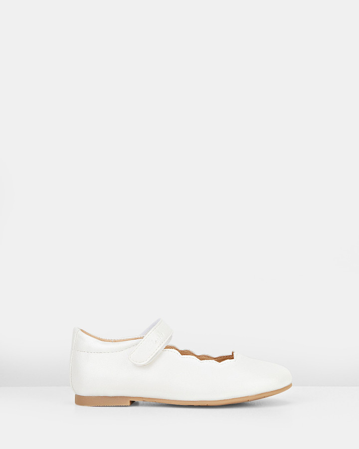 Shoes and Sox Audrey Snr White Pearl