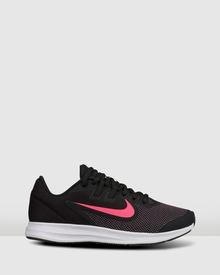 Shoes and Sox Downshifter 9 Gs G Black/Hyper Pink