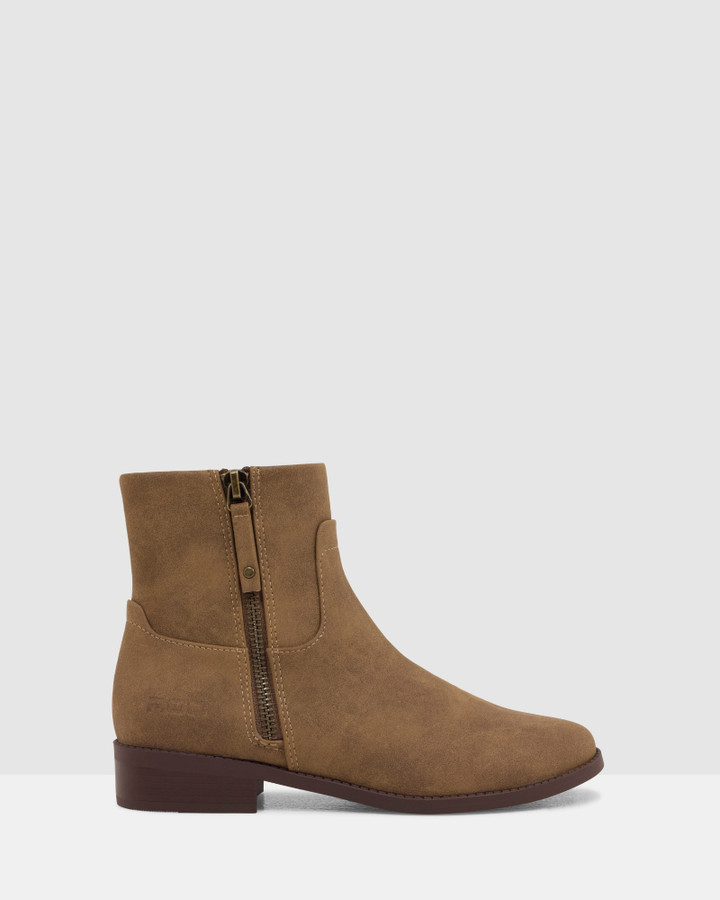 Shoes and Sox Zodiac Boot Tan