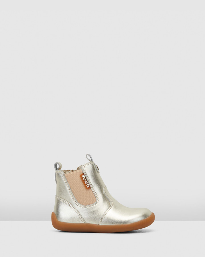 Shoes and Sox Mani Ii Boot G Gold