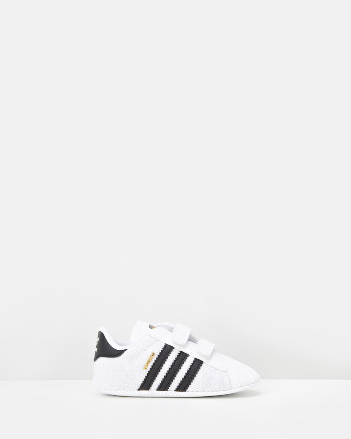 Shoes and Sox Superstar Crib B White/Black