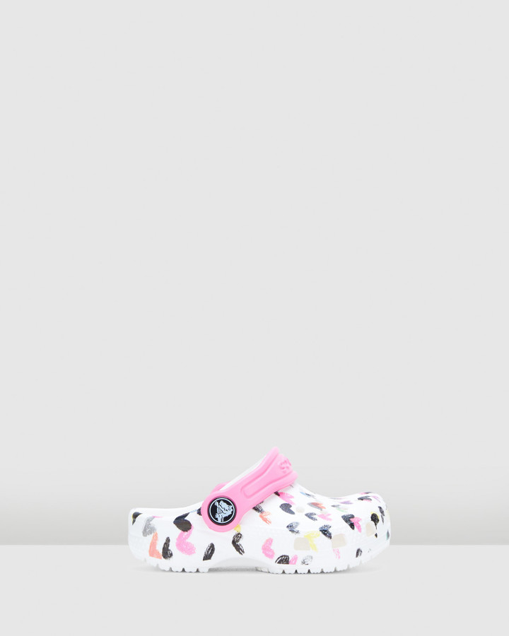 Shoes and Sox Classic Heart Print Clog G White