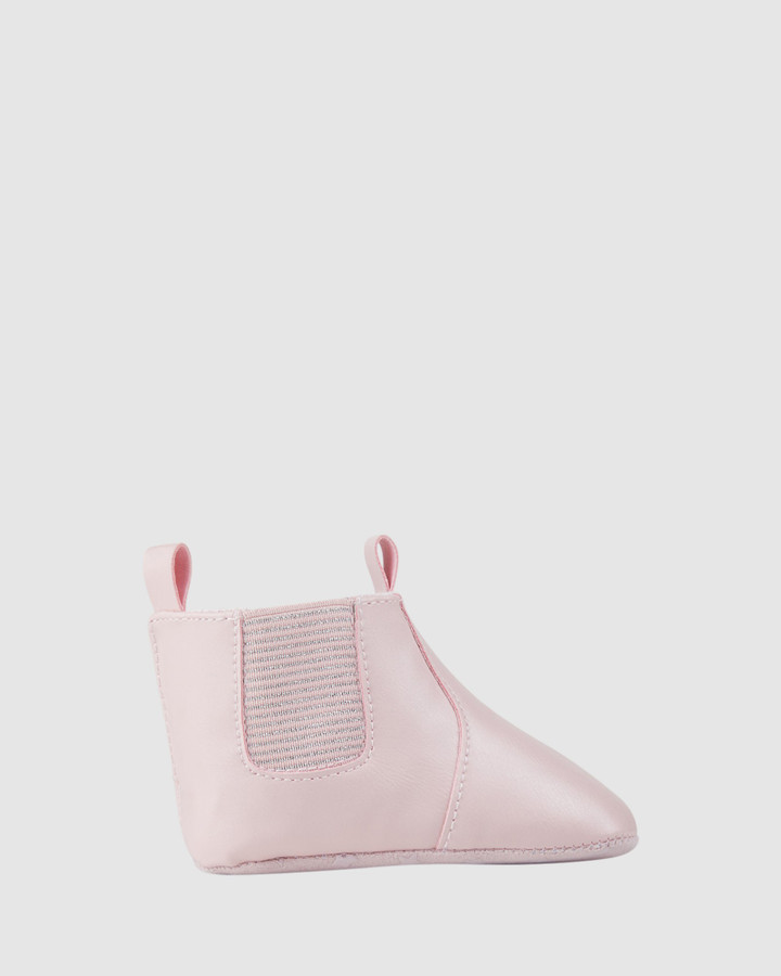 Shoes and Sox Kip Gusset Boot G Soft Pink