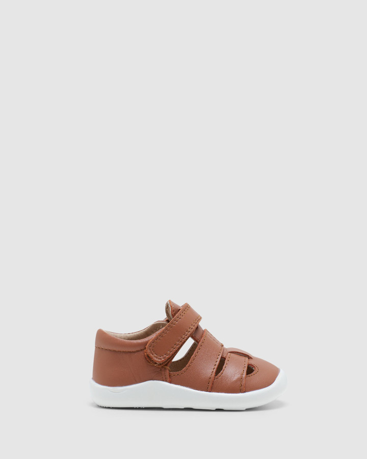 Shoes and Sox Free Ground B Tan/Wht