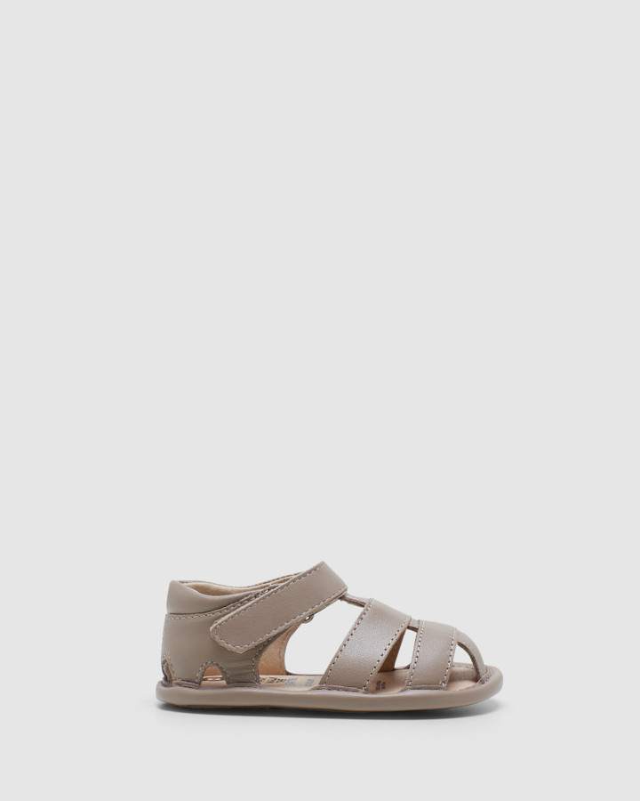 Shoes and Sox Sandy Sandal B Taupe
