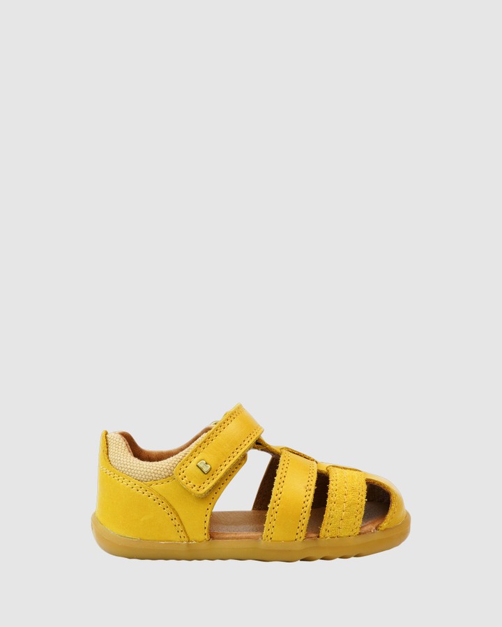 Shoes and Sox Step Up Roam Sandal B Chartreuse