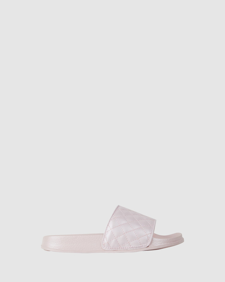 Shoes and Sox Kenna Quilted Slide Ballet Pink