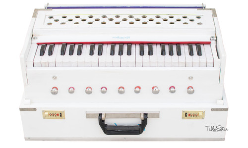 MAHARAJA MUSICALS Harmonium No. 187 - Folding, White, Safri, A440, 42 Keys, Multi-fold Bellow, Well-tuned With Coupler