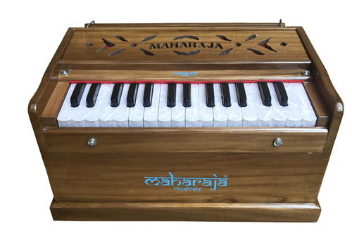 MAHARAJA MUSICALS Harmonium No. 668 - Special 30 Key Harmonium, Burma Teak, 2.5 Octaves, Comes with Book & Bag, Tuned to A440, Natural Color