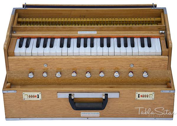 MAHARAJA MUSICALS Harmonium No. 188 - Folding, Safri, A440, 42 Keys, Natural Color, Multi-fold Bellow, Well-tuned With Coupler