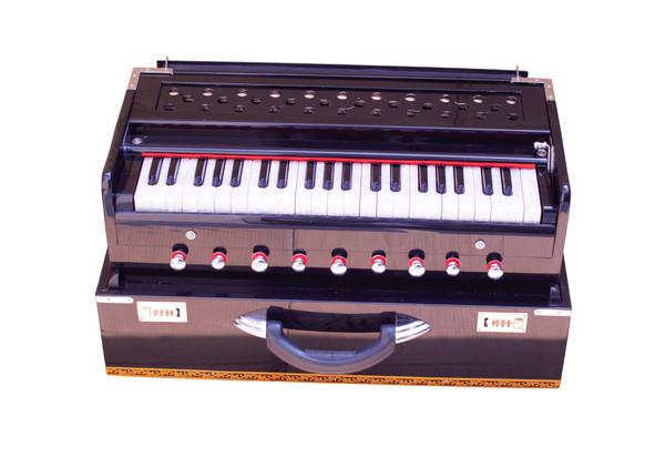 MAHARAJA MUSICALS Harmonium No. 665 - Folding, 9 Stop, Black, Safri, Well-tuned, A440, 42 keys, With Coupler
