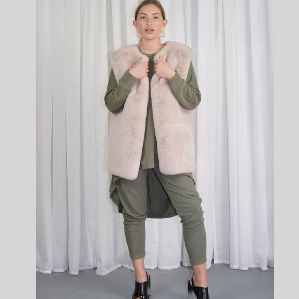 Ladies Jackets   KL406 Faux Fur Vest in Cream   KIIK LUXE