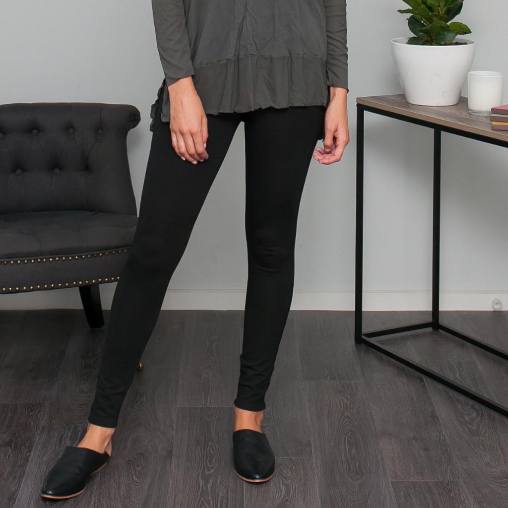 Women's Pants | Ponte Skinny Leg Stretch Pant | VIGORELLA