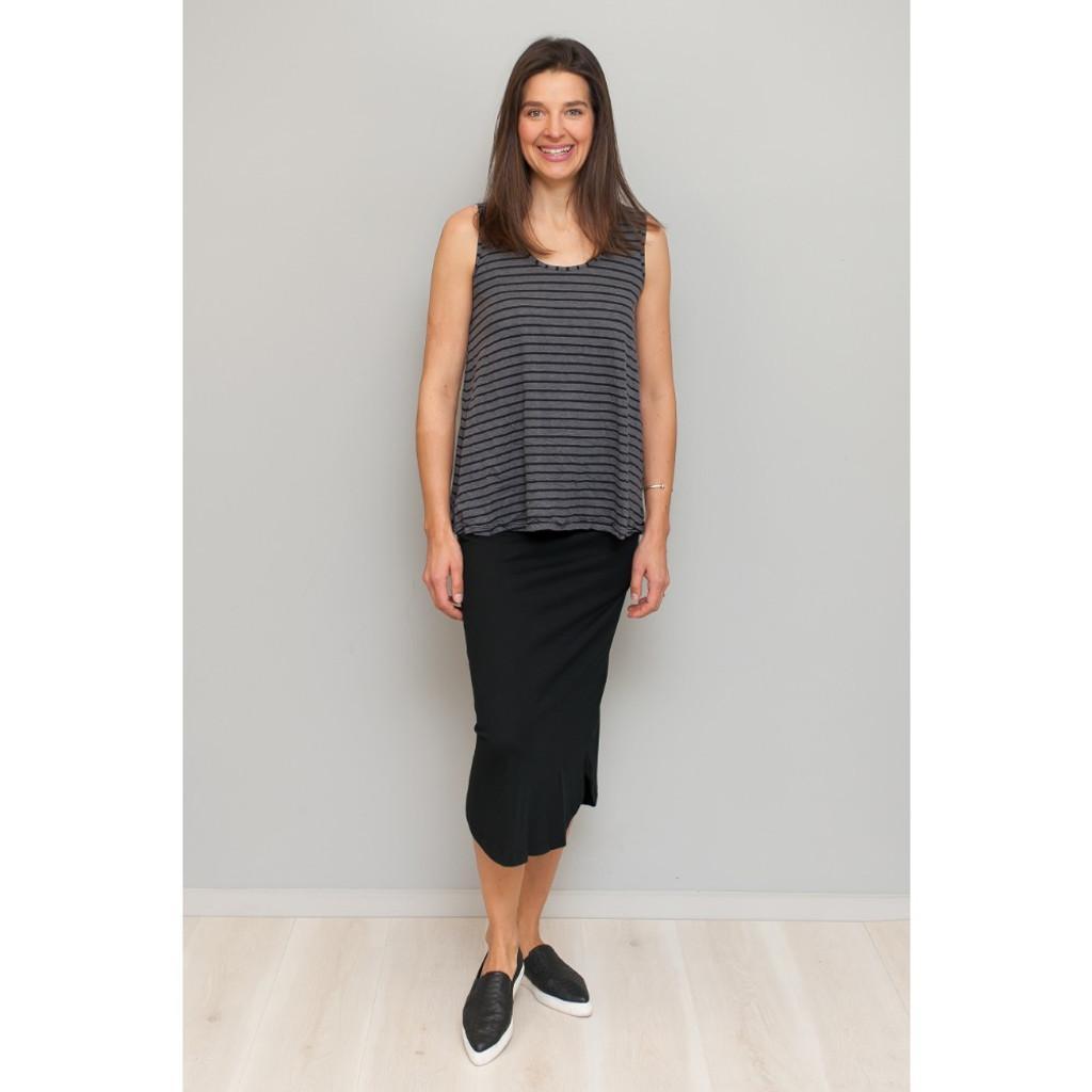 Women's Skirts Online | Organic Cotton Curved Hem Skirt | VIGORELLA