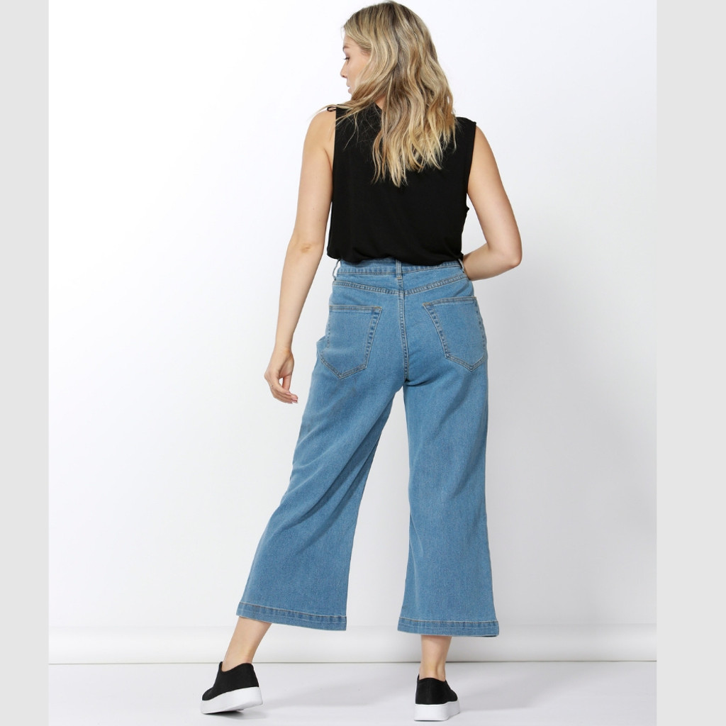 Women's Pants Online | Drew Wide Crop Jean | BETTY BASICS
