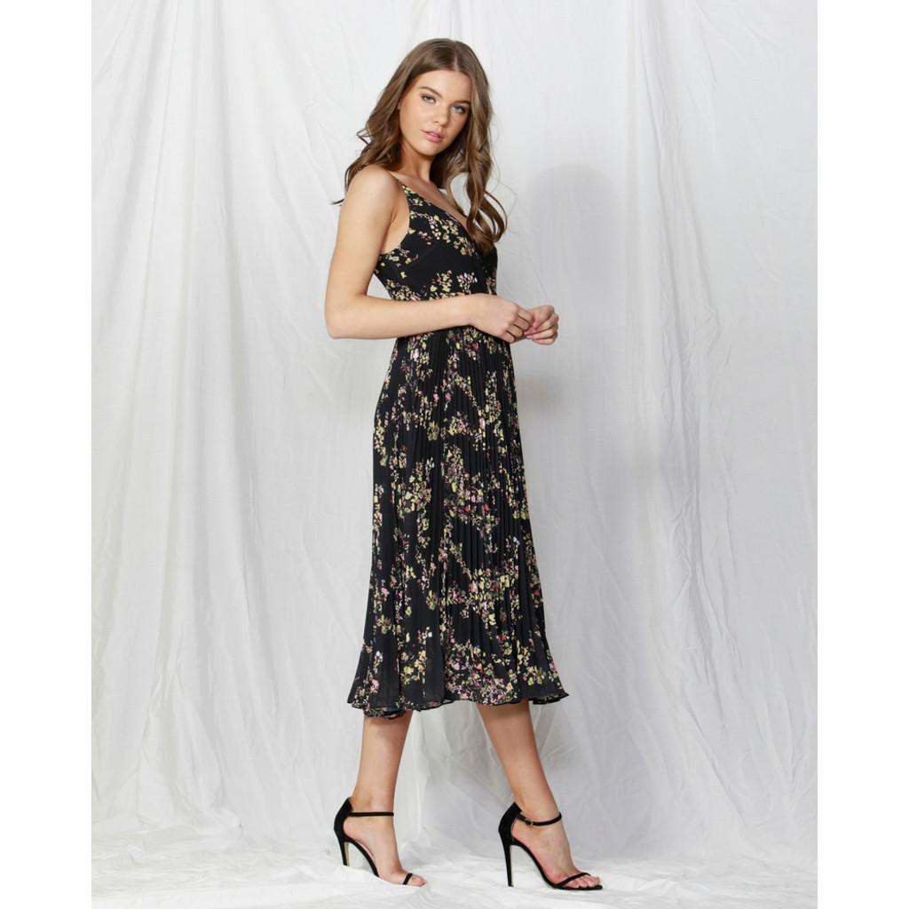 Women's Dresses | Lille Pleated Wrap Dress in Dolce Vita Print | FATE + BECKER