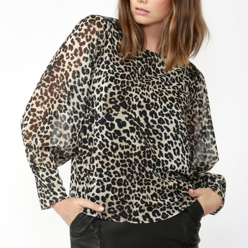 Online Tops For Women | On The Run Blouse | FATE + BECKER
