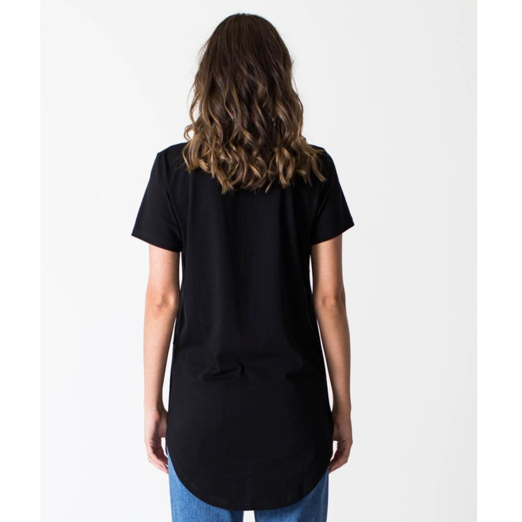 Women's Tops | Tall Tee in Black | CASA AMUK