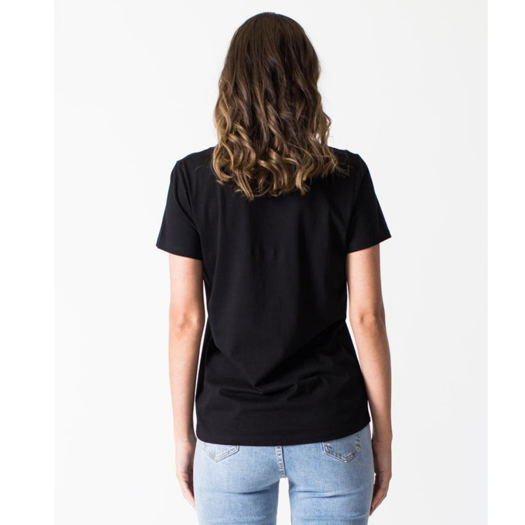 Women's Tops | V-Neck Tee in Black | CASA AMUK