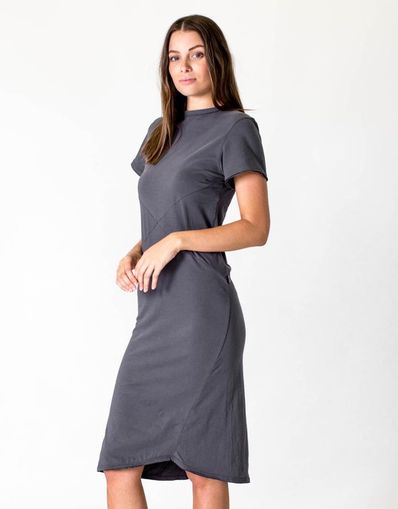 Women's Dresses | Short Sleeve Midi Dress in Asphalt | CASA AMUK