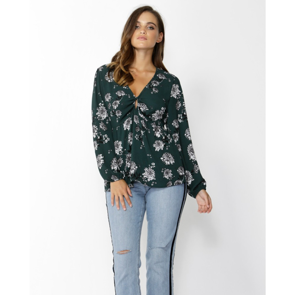Ladies Tops Online | Magnolia Fields Keyhole Blouse | SASS