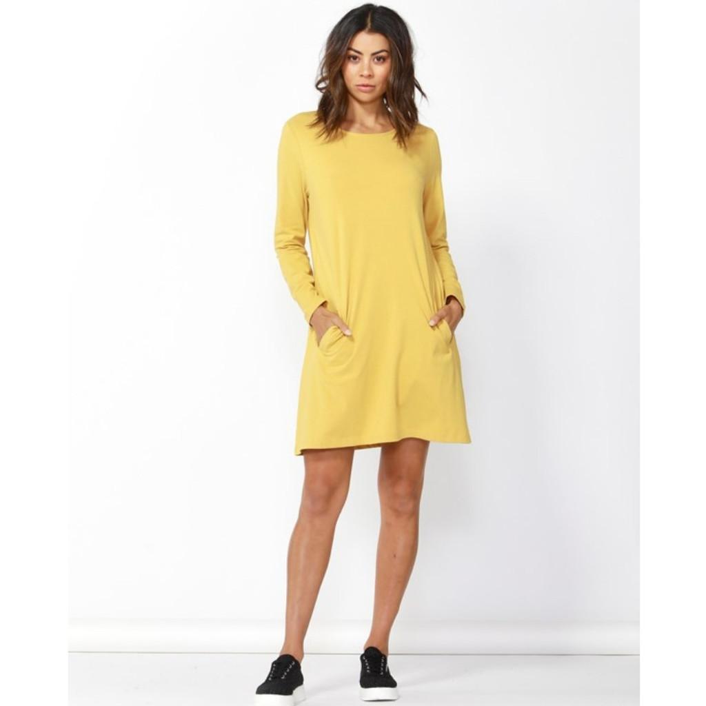 Women's Dresses | Olivia Shift Dress | BETTY BASICS