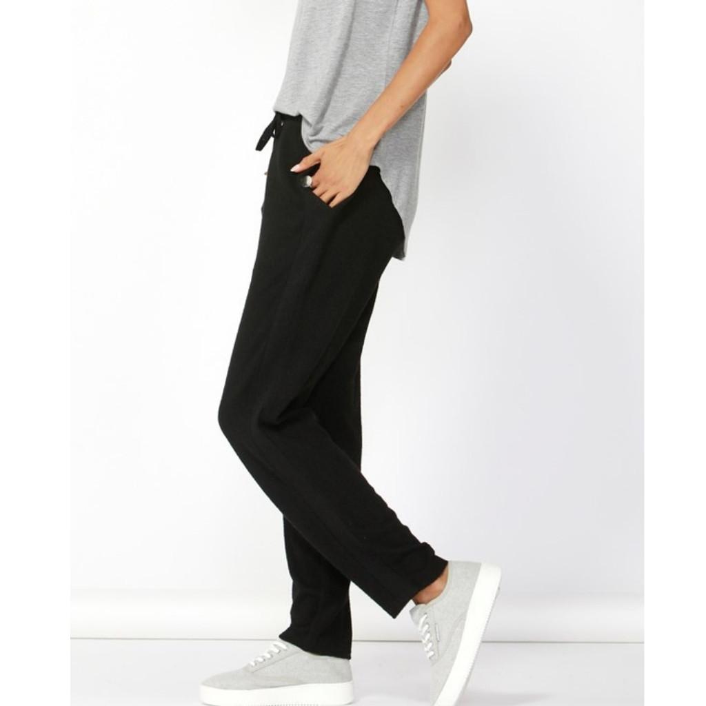 Women's Pants Online | Jordy Cosy Pant | BETTY BASICS