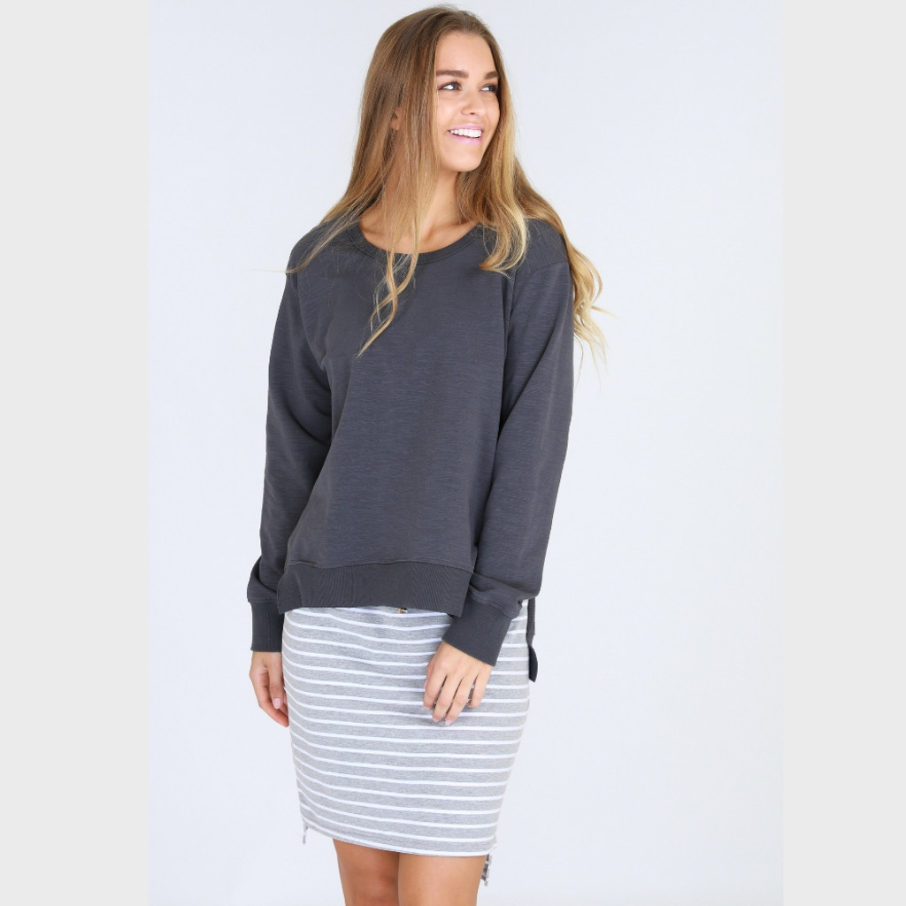 Women's Tops | Ulverstone Sweater in Charcoal | 3RD STORY