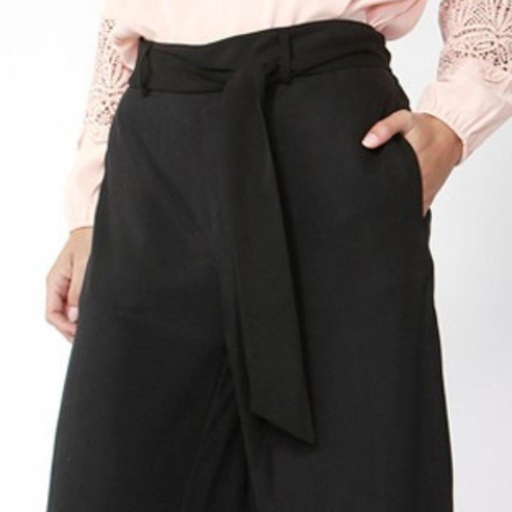 Women's Pants | San Marino Cropped Pants |  FATE + BECKER
