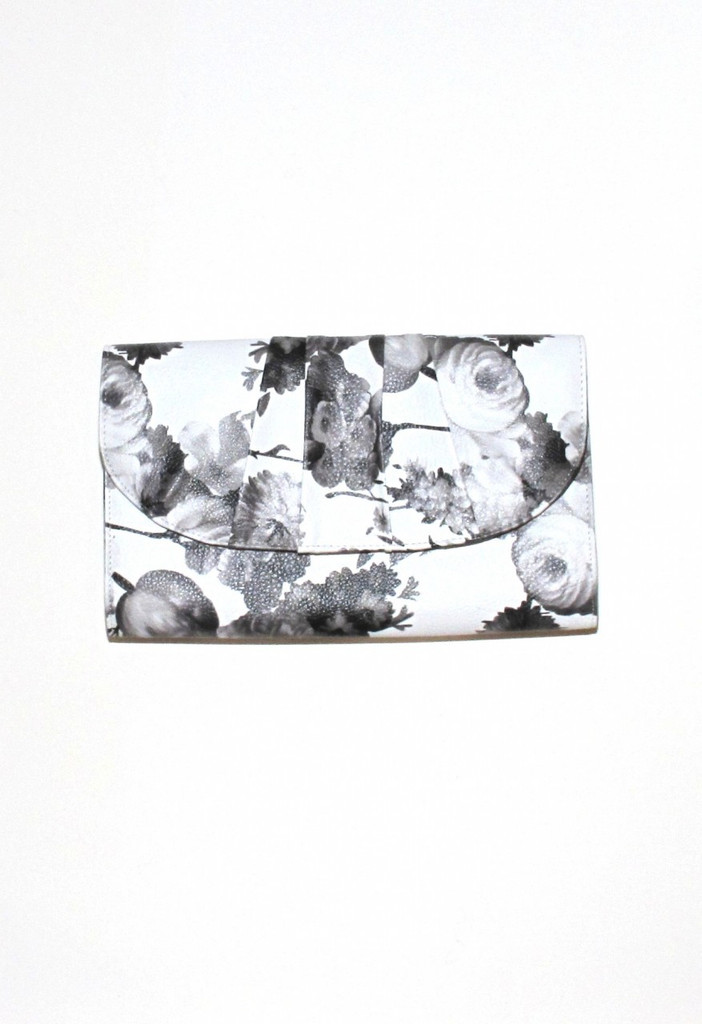 Shop Feb P29 - Floral Clutch