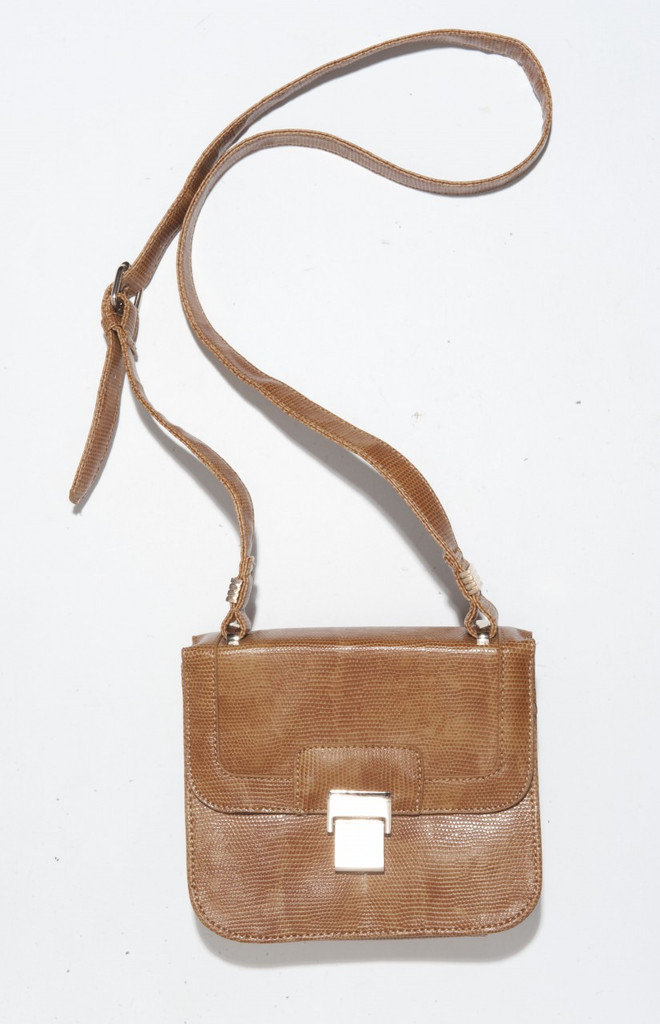 lWomens Weekly Jan P 122 Pero Mini Sachel Bag