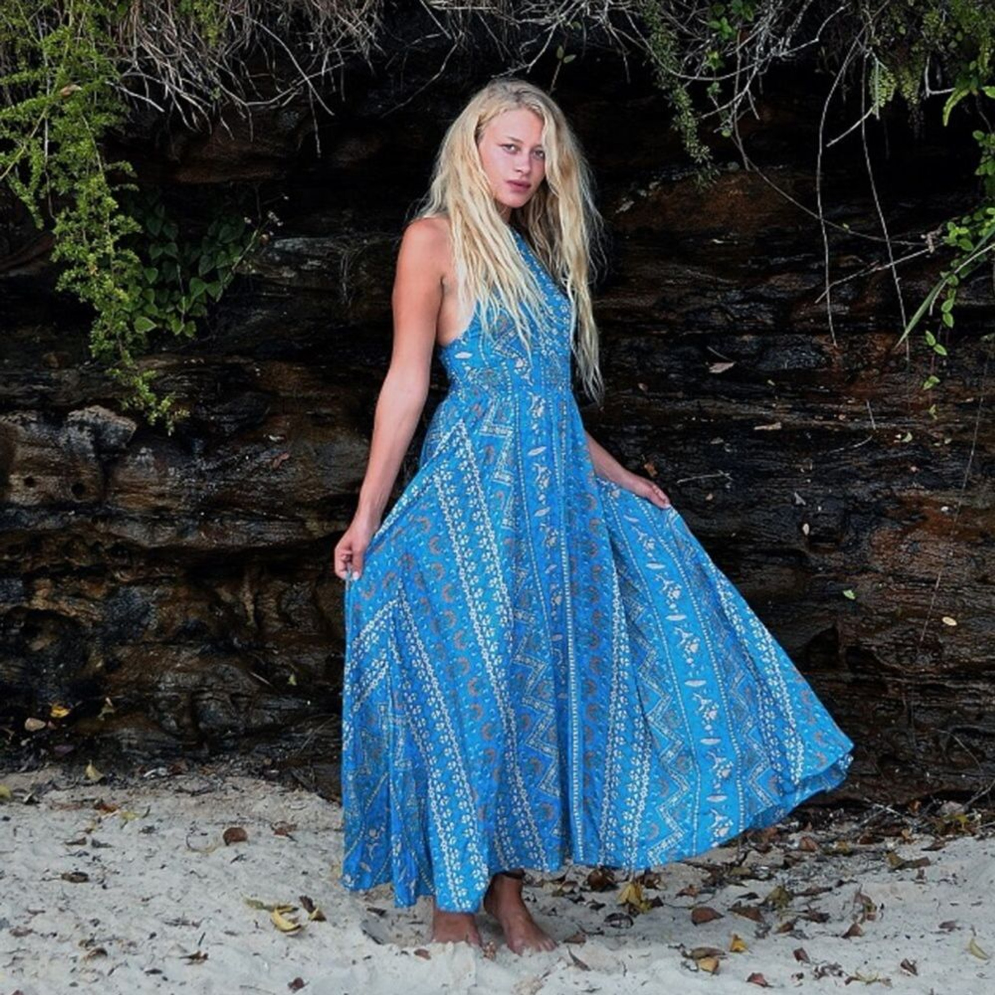 Poem of Nomad Maxi Dress by BLOSSOM BY THREE*
