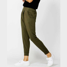 Women's Pants | Darwin Pant | BETTY BASICS