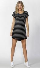 Tiarne Tee Dress by BETTY BASICS