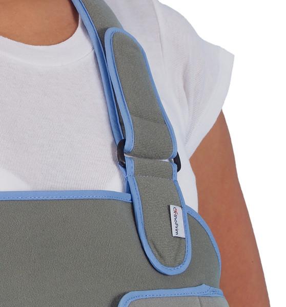 903 – Arm Sling & Shoulder Immobilizer – Recommended for effective shoulder immobilisation and arm support following shoulder surgery or shoulder injury.  Available in 4 sizes.  Fastening Strap.