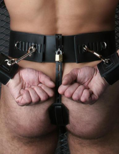 Prisoner Belt