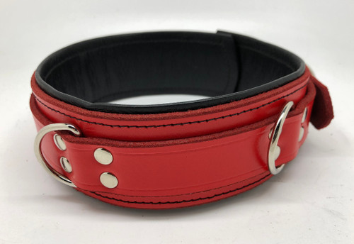 Deluxe Lockable Collar - Red & Black