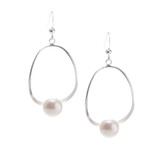 Pearl Center Silver Earrings│HandPicked