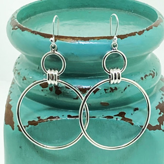 Circle Detail Link Statement Exclusive Design - Sterling  Silver Earring