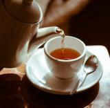 Different Ways to Decaffeinate Tea