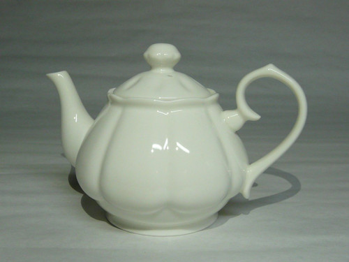 White 2-Cup Porcelain Teapot - 18 oz.