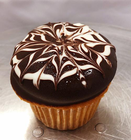 Boston Cream Cupcake - Sweetz Bakery
