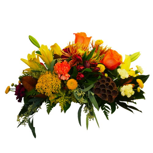With a nod to traditional, harvest flowers in Colonial Williamsburg, this includes fresh magnolia, lotus pods, yarrow, and more.