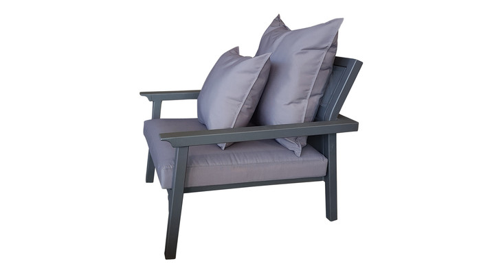 Maiori Classique outdoro arm chair in charcoal