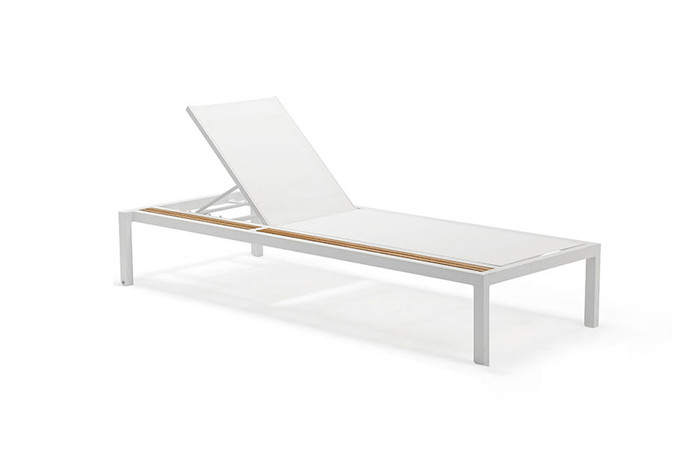 Oasis outdoor sun lounger with white aluminium frame and light grey batyline sling and drinks rail. For light grey sling colour reference, take a look at the Polo lounge chair in light grey mesh.