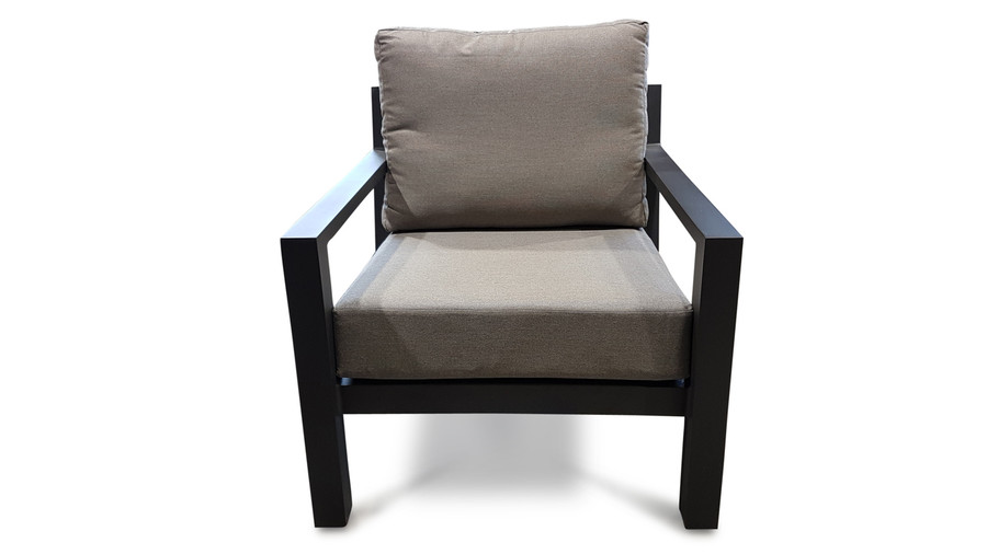 Front view of the Alu Timber outdoor lounge chair