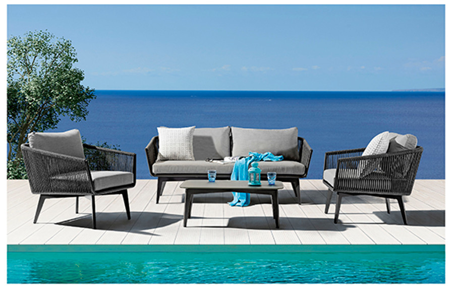 Example of a full Diva outdoor lounge set, comprising 2 chairs, one sofa  and a coffee table