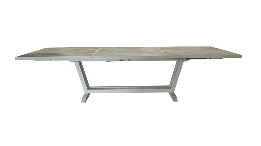 Amaka table in white, fully extended